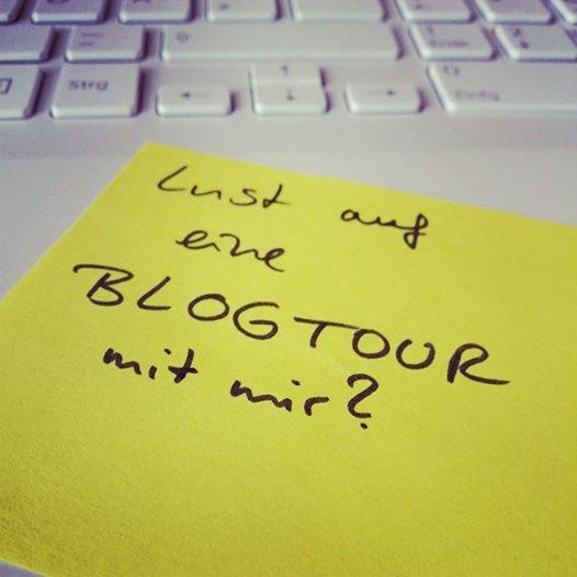 Aufruf zu Blogtour auf Facebook, Instagram und Twitter.