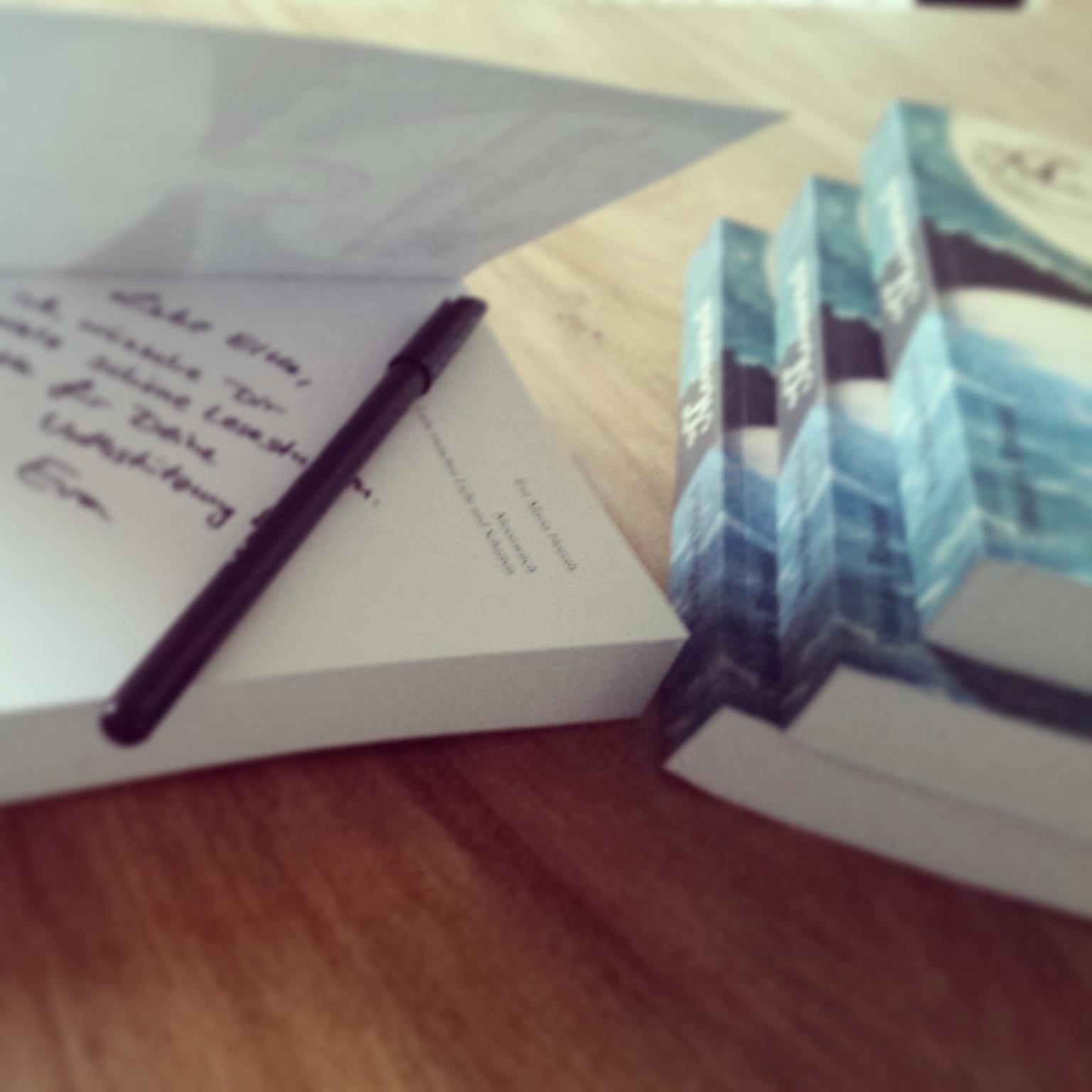 signierte Bücher